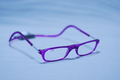 クリックリーダー 老眼鏡